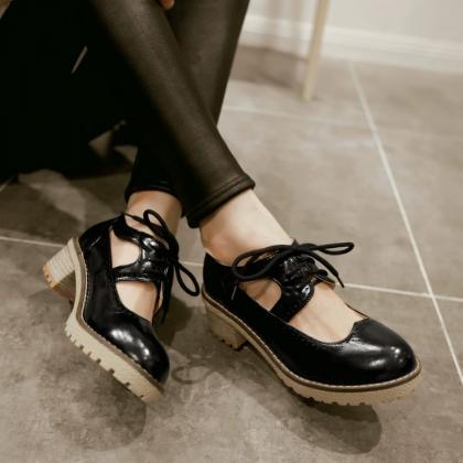 Classy lace Up Oxford Shoes in Blac..