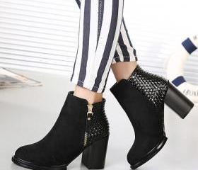 Black Side Zip Design Ankle Boots