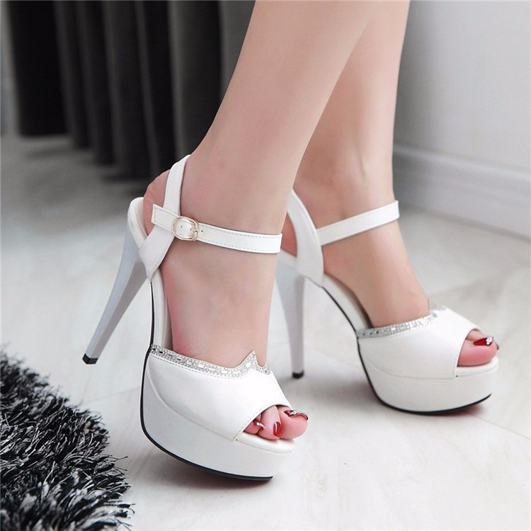 Gorgeous Peep Toe Rhinestone High Heels Fashion Sandals