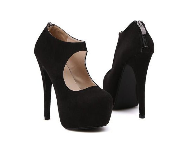 Cute High Heel Fashion Pumps In Black on Luulla