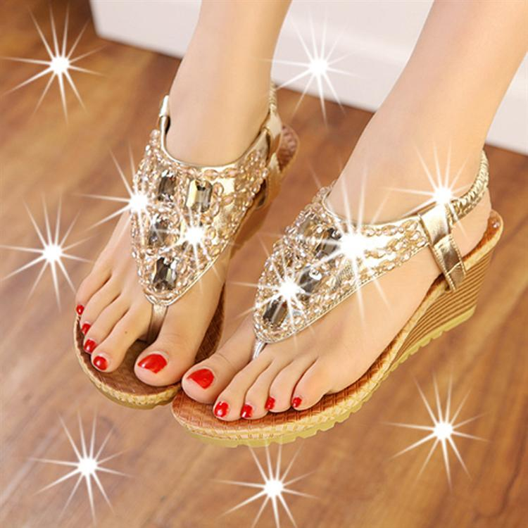 Elegant Crystal Design Sandals