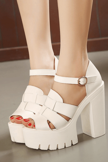 Stylish Chunky Heel Platform sandals in Black and White
