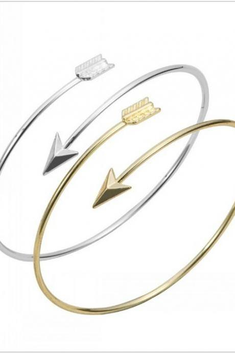 Arrow Bracelet in Silver and Gold