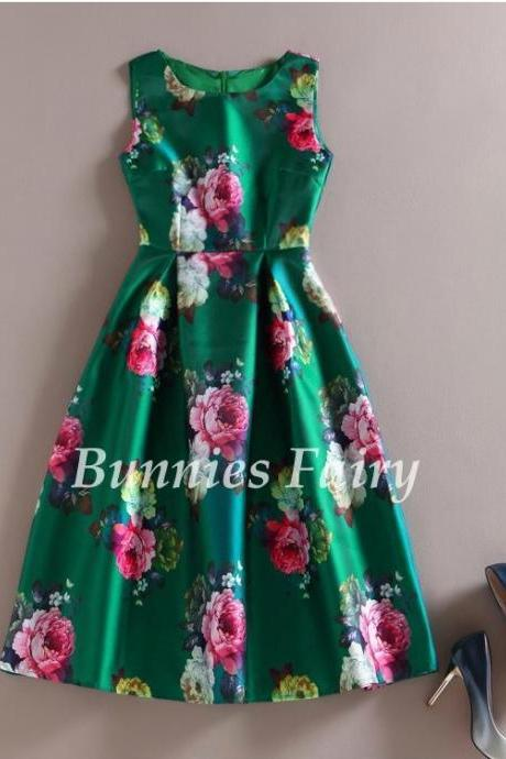 Sleeveless Green Floral Dress