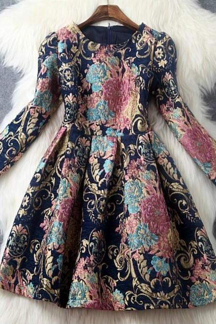 Gorgeous Vintage Design Long Sleeve Dress