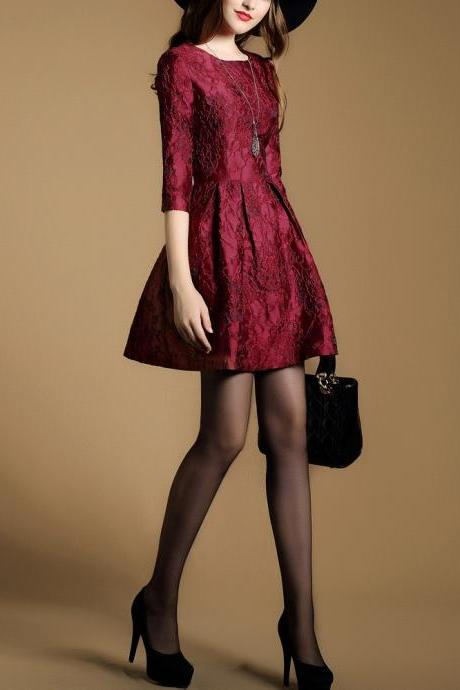Long Sleeve Round Collar Lace Dress