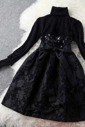 Black Sequined Long Sleeve Party Dress