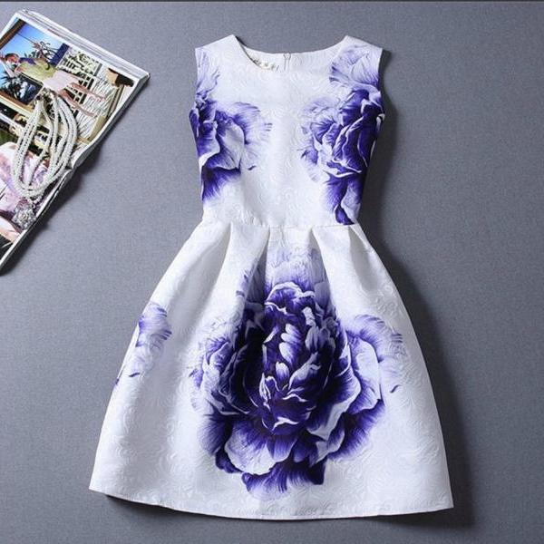 Floral Sleeveless Printed Dresses