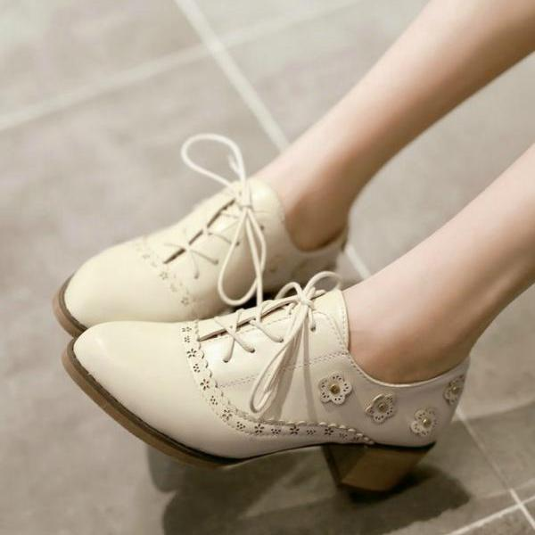 Pointed Toe Lace up Oxford Shoes